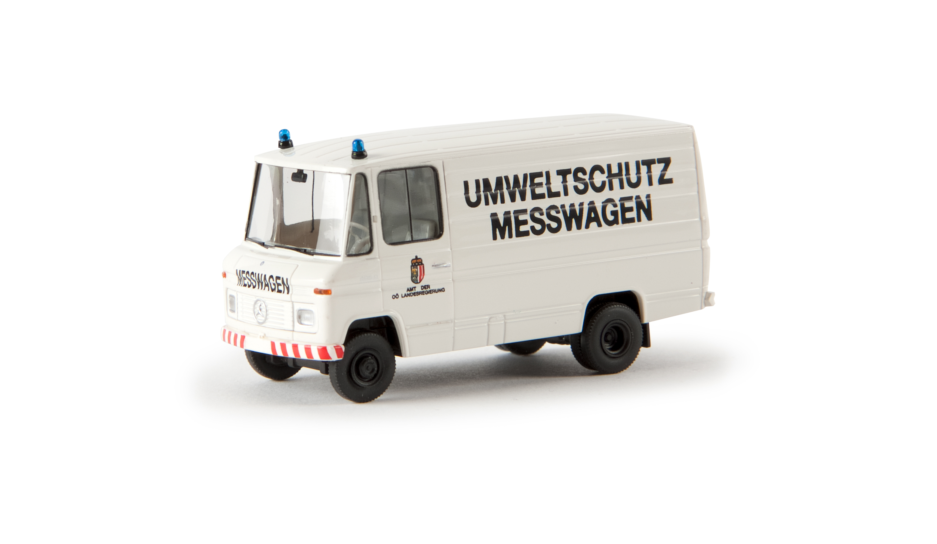 """Epoche 09129 Automodell  Matador 1400 Kastenwagen /""""Forchthammer Spielwaren/"""" 1:87"""